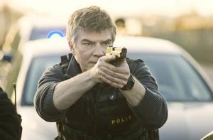 skjuter skarpt i Göteborg.Jakob Eklund gör rollen som Johan Falk för fjärde gången. Denna gång har Falk flyttat från Haag och Europol för att bekämpa den organiserade brottsligheten i Göteborg.Foto: Nordisk Film