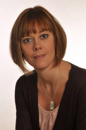 Charlotta Elenius är avdelningschef för avgiftskontrollen på Radiotjänst.