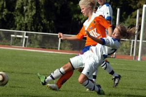 Emma Roos hade bra koll i sin defensiva roll.