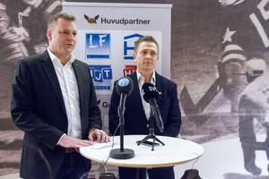 VIK Hockeys ordförande Mattias Jonson ihop med nye klubbchefen Mats Brokvist.