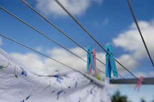 Lura tjuven – be grannen hänga tvätt på din tvättlina under semestern.