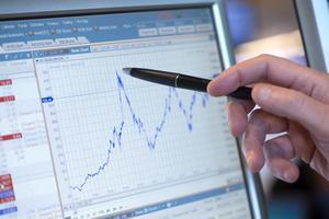 Ett aktieindex syns på en dataskärm.