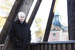 Pension. Efter 34 år som präst ska Torbjörn Larsson gå i pension. Men han känner inte som att han slutar på riktigt eftersom han bor kvar i Kungsör och kommer träffa människor som vanligt. Foto: Veronique Slottberg
