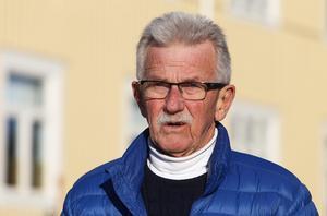 Sören Persson avslutade sin långa ledarkarriär som sportchef under sex år i Bollnäs GIF. I dag är han en glad pensionär.