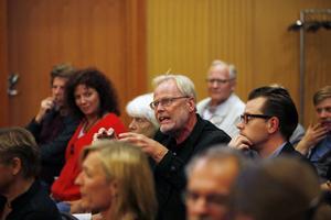 GD:s förre kulturredaktör Björn Widegren efterlyste en annan inriktning på Konstcentrums verksamhet.