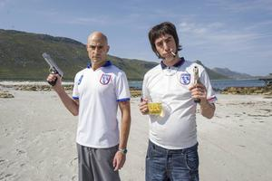 Mark Strong och Sacha Baron Cohen i