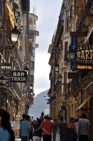 Donostia (San Sebastian) har ett stort utbud av både enkla tapasrestauranger och stjärnkrogar.