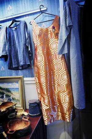 Fru Ivarssons klänning som hon hade på Nobelfesten.
