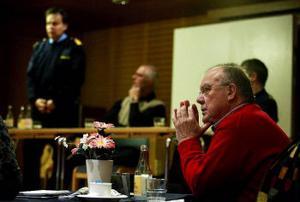 Den förre chefen för närpolisen syd Janne Brusell var en av dem som försvarade verksamheten i Njurunda-