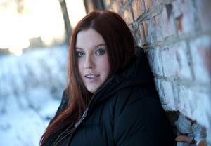 Sara Stille blev våldtagen flera gånger, men först flera år efter händelsen vågade hon anmäla.