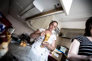 Lisa Herdin är civilmedlem av Frälsningsarmén i Falun och hjälpte till under tisdagen även hon.