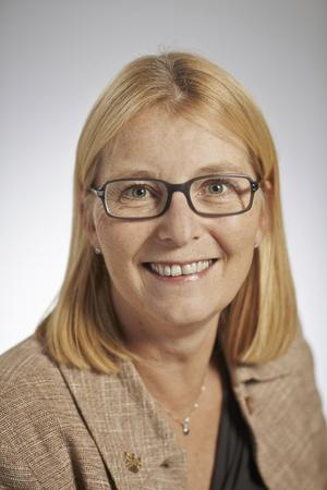 Elisabeth Unell (M), Anna Hård af Segerstad (M)