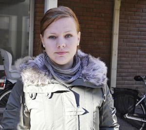 Zandra Larsson, 27, arbetssökande, Torvalla