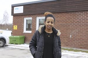 Det finns en ledig lägenhet i NVK:s bostadsbestånd men uthyrningsreglerna sätter stopp för Adiam Yemane. Dessa regler är nu under revidering och avsikten är att ändra dem så att de med etableringsersättning ska kunna söka lägenhet.Foto: Seth Jansson