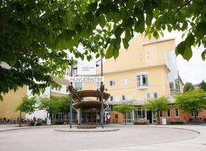 Det finns inte längre någon röstlogoped på Hudiksvalls sjukhus.