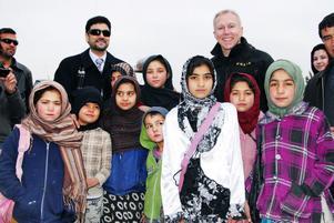 Afghanistan har precis fått sin första skatepark, Skateistan. Åke Roghe chef för EUPOL och Mohammad Zaher Aghbar, president för Afghanistans olympiska kommitté gjorde ett besök.