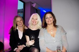 Annika Nehrer, Cecilia Hellkvist och Malin Hallin. Annika och Malin jobbar på Citysamverkan, som delade ut priser under kvällen. Cecilia är deras gäst.