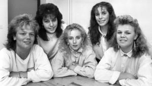 Bräckes luciakandidater presenterades dock med både namn och bild i ÖP. Från vänster: Aicha Azizi, Lena Fredin, Jessica Nilsson, Marianne Pettersson och Birgitta Svensson.