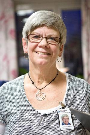 Inger Gustafsson är kulturpedagog och brinner för nyårsfirandet och att ordna andra aktiviteter för de boende på Häradsgården.