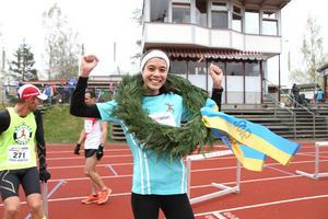 Bonnie Tran vann på damsidan i sin första halvmara.