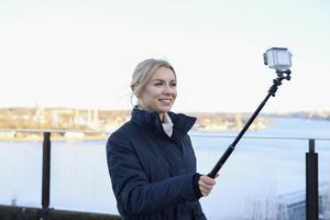 Therése Lindgren är en av dem som försörjer sig med att lägga ut filmer på youtube.