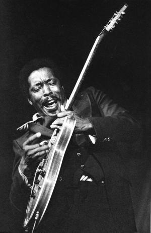 Buddy Guy är en av de sista stora blueslegenderna. Den svenske fotografen Erik Lindahls