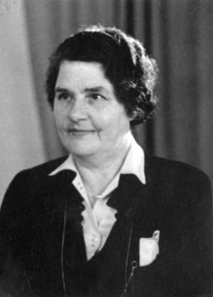 Elsa Eriksson, lokalpolitiker, arbetade för ett förlossningshem redan på 1930-talet. Foto: Nynäshamns bildarkiv