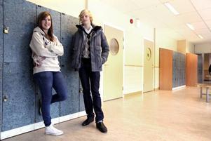Agnes Nyström och Daniel Tegmark tycker att stämningen på Stigslund är bra. De märkte inte så mycket av höstens problem.