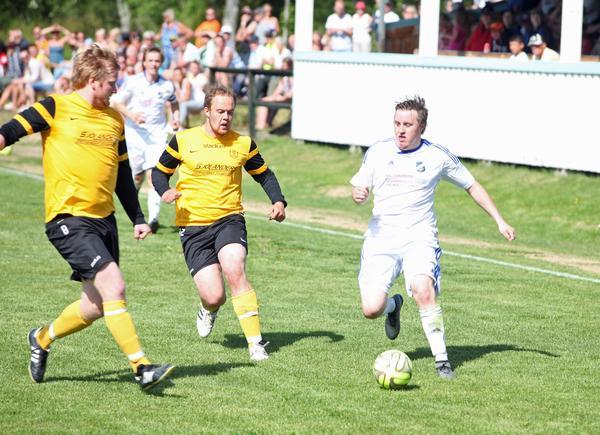 Mattias Larsson satte kvitteringen för Lillhärdal i mötet med Järpen.