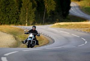 Nu är våren här. Och den ska förstås avnjutas på motorcykel.    Foto: Fredrik Persson/TT