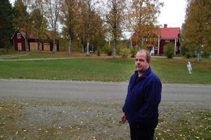 Bodsjö prästgårdstomt har under åren tagits i anspråk av Boddaspelet och Bodsjö marknad konstaterar Bodsjöbygdens ekonomiska förenings Lars Levin.