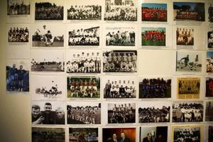 Fotbollens betydelse på en liten ort som Ytterhogdal kan inte underskattas. På butiken finns ett speciellt iordningsställt rum med bilder från den stolta eran.