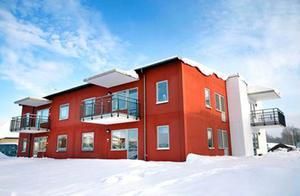 Kombohus av det här slaget innehåller också hiss. Modellen är aktuell i Arbrå.