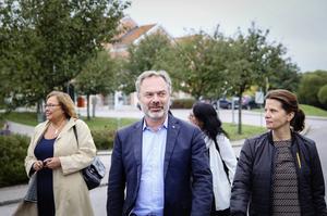 Folkpartiets partiledare Jan Björklund under ett besök på Aleris i Bollnäs under hösten 2015.