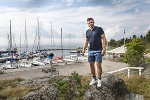 Henrik Zetterberg säljer sin lyxiga sommarbostad i Skåne för ett okänt antal miljoner.