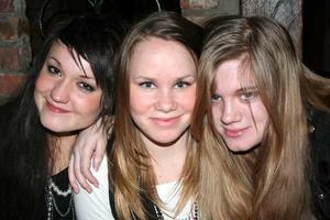 Konrad. Lovisa, Sofia och Jennifer