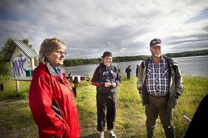Anita Bodin, Studiefrämjandet, och Bernt Forsblom Ljusnan SFK var arrangörer. I mitten syns fiskaren Simon Eriksson, 13 år.