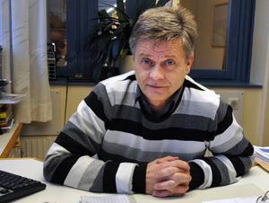 – I stället för att plocka bort och minska kan vi satsa mer än vi tänkt oss inför 2011, säger kommunalrådet Sven-Åke Draxten.