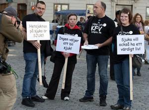 Manifestation mot regeringens utförsäkringspolitik.