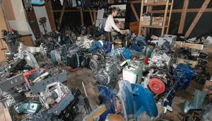 Archimedes, Champion, Cresent, Evinrude, Mercury, Mariner, Monark, Volvo Penta och många andra märken av utombordsmotorer.