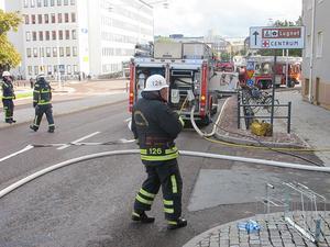 Larmet inkom till räddningstjänsten klockan 09:54. Foto: Roland Engvall