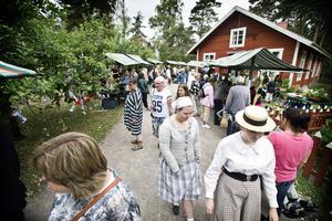 Missionshuset på Vallby friluftsmuseum där med utställningen med pelargoner pågick under helgen.