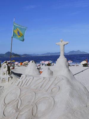 Över 10 000 idrottare från 206 länder kommer att tävla om medaljerna i OS i Rio de Janeiro.