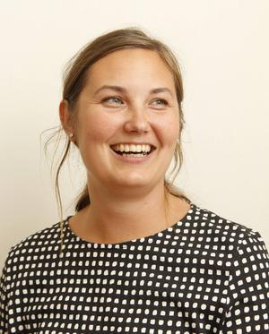 Olivia Stenberg är frisör och driver en egen salong.