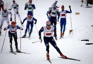 Rycket som nästan höll. Anton Karlsson på väg ut på sin sista sträcka, (den femte av totalt sex), där han ville ge Teodor Peterson ett försprång. Nu kom övriga ikapp, men Åsarna vann ändå.