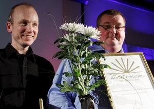 Niklas Johansson och Tomas Sverkersson från BGE var nöjda pristagare.