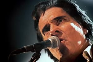 Med Ted Åström i huvudrollen kommer The Story Of Johnny Cash till både Hudiksvall och Bollnäs.