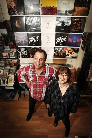 Bosse Byström och Marianne Franzén på Hamm & Nilsson.