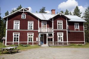 Övsjö bygdegård är en gammal skola från 1919.