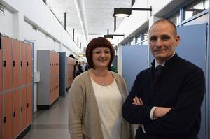 Programutvecklare Katarina Söderberg och rektor Nils Nyborg är väldigt nöjda med ansökningssiffrorna inför höstterminen.